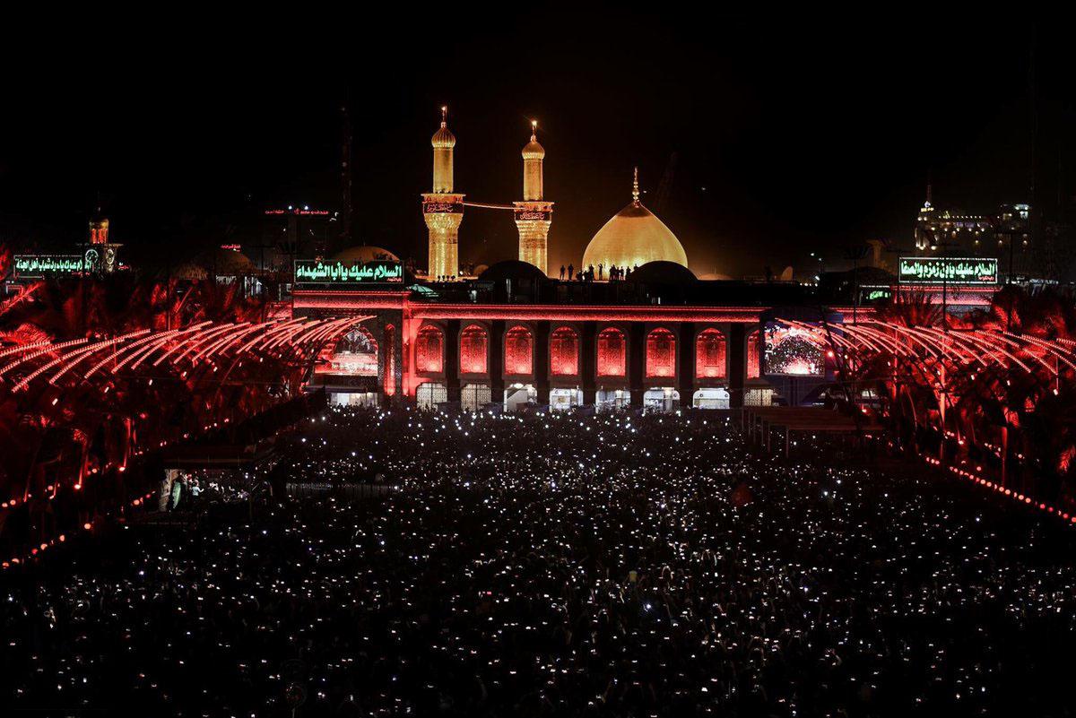 Holy-shrine-at-night